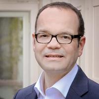 Dr. Michael Gassmann