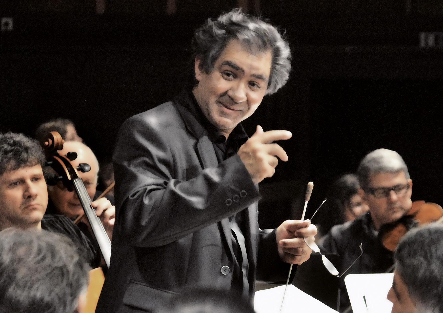 Riccardo M Sahiti & Sinti und Roma Philharmoniker © Bjoern Hadem