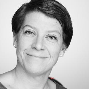 Prof. Jutta Toelle