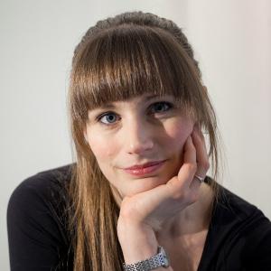 Lorina Strange